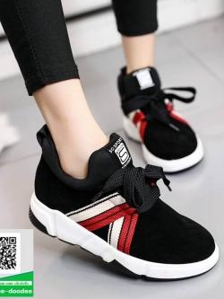 รองเท้าผ้าใบแฟชั่นหุ้มข้อสีดำ สไตล์เกาหลี (สีดำ )