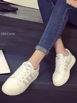 รองเท้าผ้าใบผู้หญิง แบบเชือกผูก (สีเทา)
