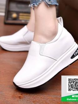 รองเท้าผ้าใบทรงมัฟฟินสีขาว สไตล์เกาหลี (สีขาว )