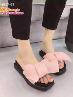 รองเท้าแตะเปิดส้นแต่งโบว์ใหญ่ (สีชมพู)