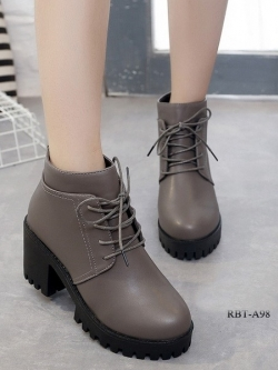 รองเท้าบูทส้นสูง หุ้มข้อ ส้นตัน (สีเทา )