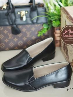 รองเท้าคัทชูสไตล์Loafer แบบสวม ทรงสุภาพ (สีดำ )