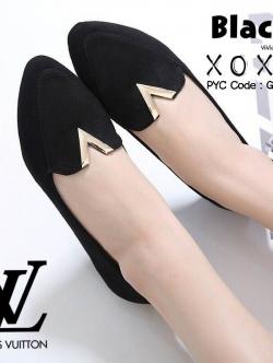 รองเท้าคัทชู ส้นแบน ด้านหน้าเชฟตัววี ทรงเก็ฌบหน้าเท้า (สีดำ )