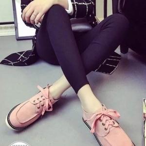 รองเท้าผ้าใบสีชมพู งานเเนวDr.Martens งานนำเข้า วัสดุทำจาก ผ้าสักราจ มาพร้อมื้นยางเสริม1นิ้ว
