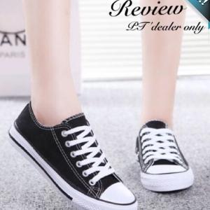 รองเท้าผ้าใบผู้หญิงสีดำ แบบเชือกผูก ทรงคลาสสิค ฮิตตลอดกาล แฟชั่นเกาหลี แฟชั่นพร้อมส่ง
