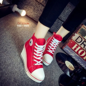 รองเท้าผ้าใบหุ้มข้อส้นเตารีดสีแดง ซิปข้าง Style Converse (สีแดง )