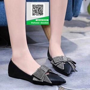 รองเท้าคัทชูส้นแบนสีดำ หนังนิ่ม หัวแหลม (สีดำ )