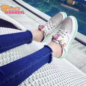 รองเท้าผ้าใบสีขาว งานเปิดส้น งานดีมาก สินค้านำเข้า วัสดุทำจากหนังpu เกรดA ลายจรเข้ +1