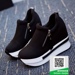 รองเท้าผ้าใบเสริมส้นสีดำ ทรงมัฟฟิน ดีไซน์เท่ๆ (สีดำ )