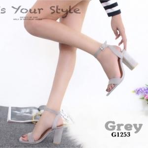รองเท้าส้นสูงรัดข้อสีเทา ผ้าสักหราด สไตล์ ZARA (สีเทา )