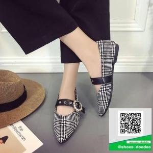 รองเท้าคัทชูส้นแบนสีดำ ผ้าลายสก๊อต (สีดำ )