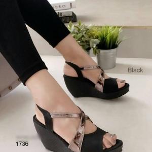 รองเท้าส้นเตารีด รัดส้น สายไขว้ กระชับเท้า (สีดำ )