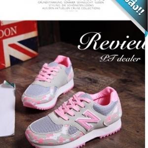 รองเท้าผ้าใบผู้หญิงสีชมพู ลายทหาร N พื้นหนานุ่ม รับน้ำหนักได้ดี สวมใส่สบาย แนวสปอร์ต แฟชั่นพร้อมส่ง