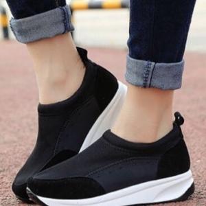 รองเท้าผ้าใบสีดำ เสริมส้น ทูโทน ส้นpu สูง1.5นิ้ว เสริมหน้า1นิ้ว วัสดุทำจากผ้ายึด ผสมสักราจ