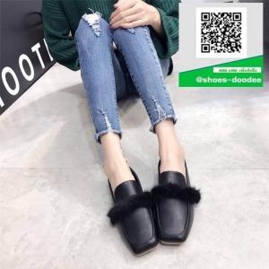 รองเท้าคัทชูส้นแบนสีดำ หัวตัด (สีดำ )