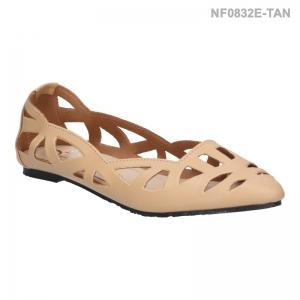 ลดล้างสต๊อก รองเท้าส้นแบน NF0832E-TAN [สีแทน]