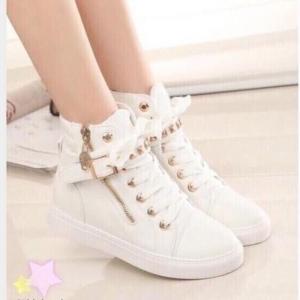 รองเท้าบูทผ้าใบแต่งซิปข้าง (สีขาว)