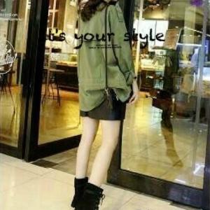 รองเท้าผ้าใบหุ้มข้อสีดำ ผ้าสักหราด แฟชั่นเกาหลี (สีดำ )