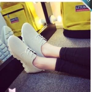 รองเท้าผ้าใบผู้หญิงสีเทา หนังกลับ พื้นร่อง แบบเชือกผูก แนววินเทจ แฟขั่นเกาหลี แฟชั่นพร้อมส่ง