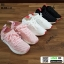 รองเท้าผ้าใบสุขภาพหุ้มยางยืดข้อสั้น 322-BLK [สีดำ] thumbnail 4