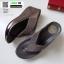 รองเท้าเตารีด เสริมส้นหูคีบ หน้าเพรชวิ้งๆ 6047-เทา [สีเทา] thumbnail 3