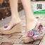 รองเท้าส้นเตารีดแบบสวม เปิดส้น แต่งดอกไม้ (สี) thumbnail 2