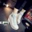 รองเท้าผ้าใบหุ้มข้อส้นเตารีดสีขาว ซิปข้าง Style Converse (สีขาว ) thumbnail 2