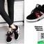 รองเท้าผ้าใบแฟชั่นหุ้มข้อสีดำ สไตล์เกาหลี (สีดำ ) thumbnail 4