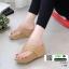 รองเท้าเตารีด เสริมส้นหูคีบ พื้นลายตาราง โลโก้ลาคอส 1108-ครีม [สีครีม]