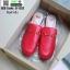 รองเท้าส้นแบน ทรงเปิดส้นหลัง วัสดุ PU G-1353-RED [สีแดง] thumbnail 3