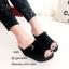 รองเท้าส้นเตารีด กำมะหยี่ หน้าเข็มขัด LK605-ดำ [สีดำ] thumbnail 2