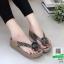 รองเท้าสุขภาพสไตล์ฟิทฟลอบ แต่งดอกคามิเลีย 119-ทอง [สีทอง] thumbnail 1