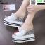 รองเท้าแบบสวมส้นเตารีด ST07-WHI [สีขาว] thumbnail 4