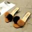 รองเท้าส้นเตี้ยสีน้ำตาล แต่งขนเฟอร์ Stly Korea (สีน้ำตาล ) thumbnail 1
