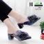 รองเท้าหน้าแหลม หนังสักหราด แต่งพู่ครอเซต สวยเด่น 1072-731-น้ำเงิน [สีน้ำเงิน]