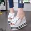รองเท้าแบบสวมส้นเตารีด ST05-WHI [สีขาว]
