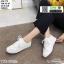 รองเท้าผ้าใบลายฉลุ แบบเชือก T70-WHI [สีขาว] thumbnail 2