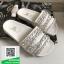 รองเท้าแตะผู้หญิงสีขาว chanel tropiconic slide (สีขาว )