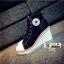 รองเท้าผ้าใบหุ้มข้อส้นเตารีดสีดำ ซิปข้าง Style Converse (สีดำ ) thumbnail 5