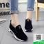 รองเท้าผ้าใบไร้เชือกสีดำ แนวสตรีท (สีดำ ) thumbnail 1
