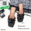 รองเท้าแตะแฟชั่นสีดำ Style Ysl หนังเงานิ่ม (สีดำ )