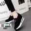 รองเท้าผ้าใบเสริมส้น พิมพ์อักษรด้านหน้า 0567-BLACK [สีดำ] thumbnail 1