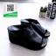 รองเท้าส้นเตารีดเปิดส้นสีดำ หน้าเต็ม ใส่ขอบทอง (สีดำ ) thumbnail 2