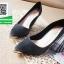 รองเท้าคัทชูส้นสูงสีดำ หัวแหลม ผ้าสักหราด (สีดำ ) thumbnail 2