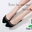 รองเท้าคัทชูส้นเตี้ยสีดำ หัวแหลม (สีดำ )