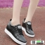 รองเท้าผ้าใบผู้หญิง สวมหนังนิ่ม SG-136 [สีดำ] thumbnail 1