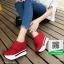 รองเท้าผ้าใบเสริมส้น หนัง pu ญี่ปุ่นกันฝุ่น A06-แดง [สีแดง] thumbnail 3