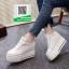รองเท้าผ้าใบเสริมส้นสีขาว สไตล์เกาหลี (สีขาว ) thumbnail 3