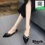 รองเท้าคัทชูส้นเตี้ยสีดำ หัวแหลม แต่งมุก (สีดำ ) thumbnail 2
