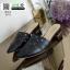 รองเท้าคัชชู เปิดส้น ฉลุลายเลเซอร์ กราฟฟิก 2115-ดำ [สีดำ] thumbnail 2